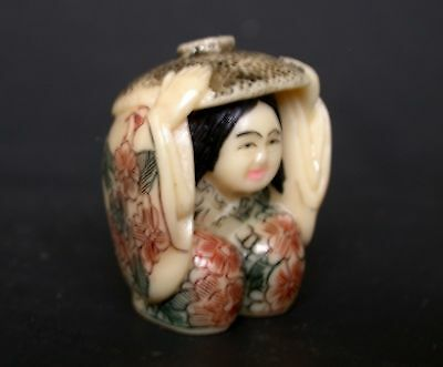 Vintage Japanese netsuke -Japanese farm girl squats with strawhat