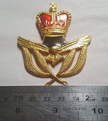 Surplus Royal Australian Air Force Warrant Officers Cap Badge