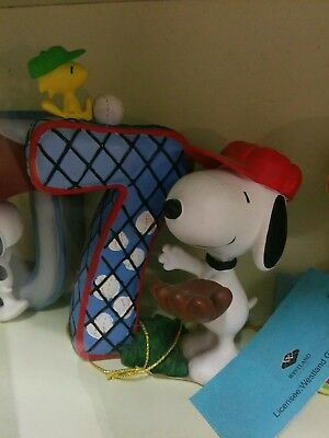 3.5 Inch snoopy with Letter 7