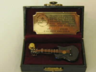 Rock and Roll Hall Of Fame Brown Electric Guitar Lapel Pin In Box Ltd Ed.