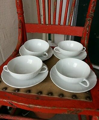 """Hutschenreuther Germany 4 Cream Soup Bowls 4 1/2"""" /4 Saucers 6 1/2"""" Form Dresden"""