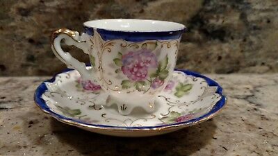 Vintage Ucagco China Tea Cup & Saucer  With Gold Trim Made In  Occupied Japan