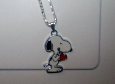 SNOOPY HEART NECKLACE in RED