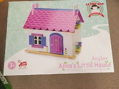 Le Toy Van Daisy Lane Anna's Little Wooden Dolls House