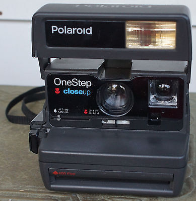 VINTAGE POLAROID ONE STEP Close Up 600 FILM INSTANT CAMERA TESTED WORKING