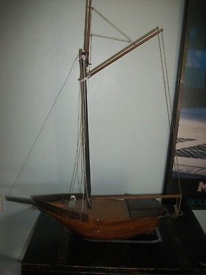 Antique Vintage   Balmain Bug Model Yacht Pond Boat