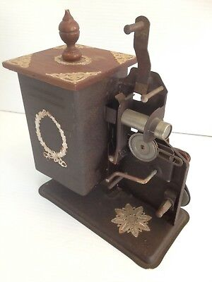 Antique Keystone Junior 8 MM Hand Crank Movie Projector