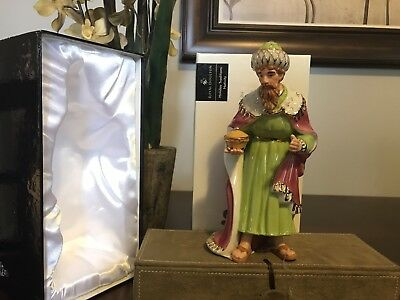 Royal Doulton Holiday Tradition Hand Made Figurine Accents 22 Karat Gold