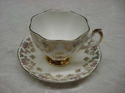 Queen Anne Delicate Gilded Floral TEA CUP & SAUCER Fine English Bone China TR9