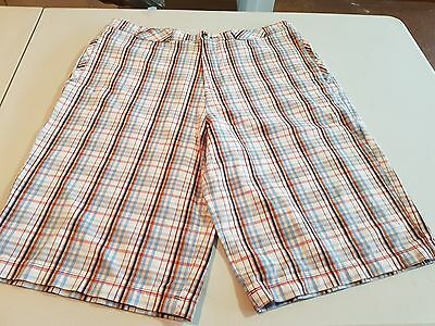 Mens Russell Simmons Checked Shorts, Size 34 (Like New)