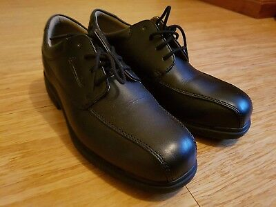 Mens Blundastone Black Leather Corporate Safety Shoe - SIZE 8 (Fits US 9)