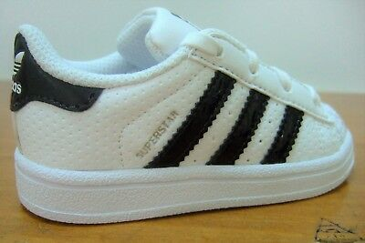 Original Boys Adidas Superstar I White Black Sports Casual Trainers Uk Size 5 Td