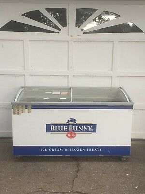 Blue Bunny Ice Cream General Store Display Curved Glass Commercial Freezer