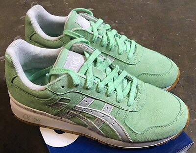 a8e19baffba4 ... Asics GT- II Green Ash Soft Grey Sz 7 NIB H523K Easter Pack  ASICS GT  II EASTER FULL BLOOM ...