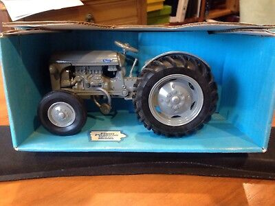 Ferguson To-20 Toy Tractor - 1993 Farm Progress Show By Scale Models 1:16 New