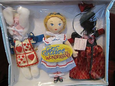 """Madame Alexander Cloth 12"""" Alice in Wonderland Dress Up Tote Doll and Clothing"""