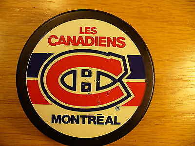 NHL Montreal Canadiens Old Licensed Product Rev Logo Hockey Puck Collect Pucks