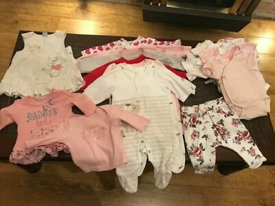baby clothes in very good condition (0-1) 29pc +5 caps