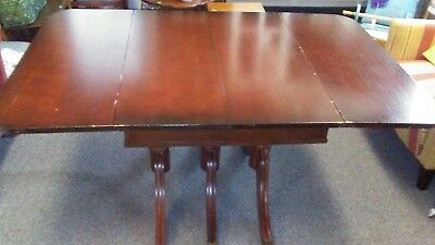 Vintage Duncan Phyfe Mahogany Drop Leaf Triple Pedestal Dining Table W/4 Chairs