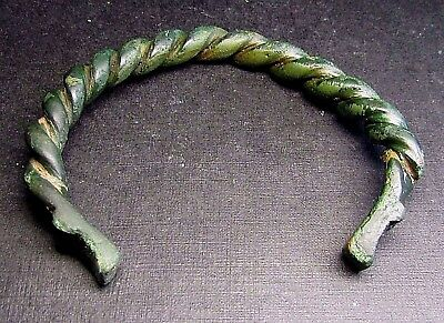 Ancient Viking Bronze Bracelet DRAGON!.(A1).