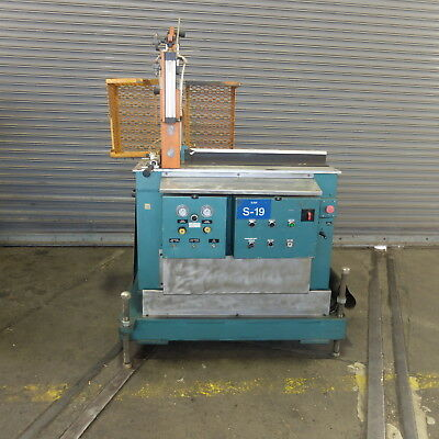 Custom Down Stream Systems (CDS)  Cross Cut Saw, for Plastic Extrusions
