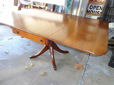 Stickley solid Cherry Valley Dinning Room Table Mid century vintage drop leaf
