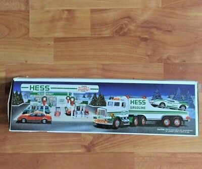 1991 Hess Toy Truck with Racecar  ~ New in Box~