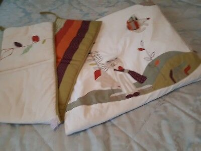 ***L@@k*** QUALITY cot bedding **MAMA'S AND PAPAS**