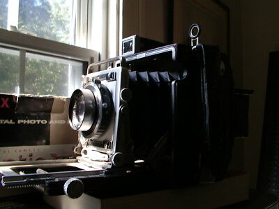 Speed Graphic 21/4x31/4 w/Carl Zeiss 105 f3.5 Tessar Lens - NR