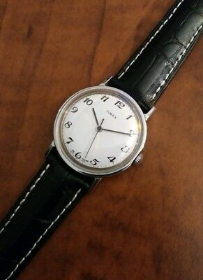 """Vintage rare 1978 Timex """"Classic""""windup men's dress watch NEW OLD STOCK"""