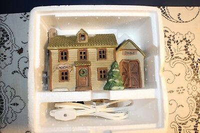 1989 Colonial America Collection Illuminated Blacksmith/Stable
