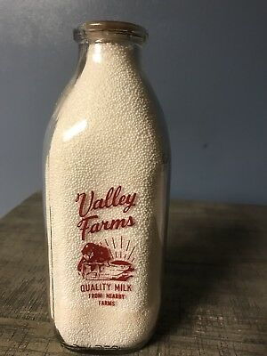 Vintage Milk bottle Valley Farms, qt, sq, Red  painted rare A quality