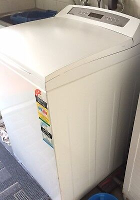 Fisher Paykel WL80T65CW1 Washing Machine - Excellent condition