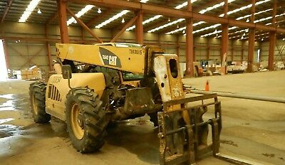 2011 CATERPILLAR TL642 6000 Lb Telescopic Forklift