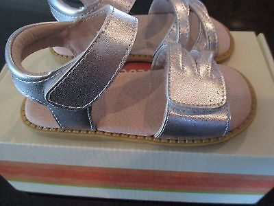 Livie & Luca Girls Athena Platinum Leather Sandals Shoes   Size 12  NEW