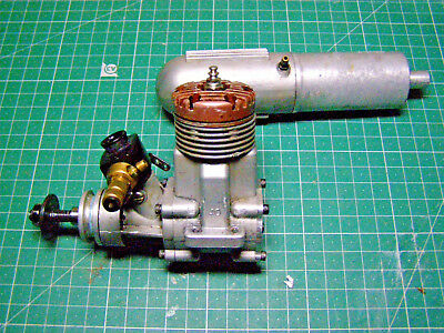 IRVINE 40 RC Model Glow Engine - Collectable - Vintage - Rare