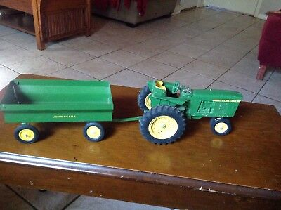 John Deere Toy Tractor And Wagon