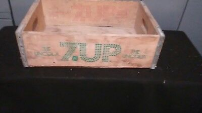 Rare Vintage 7Up The Uncola  Wood Soda Pop Crate