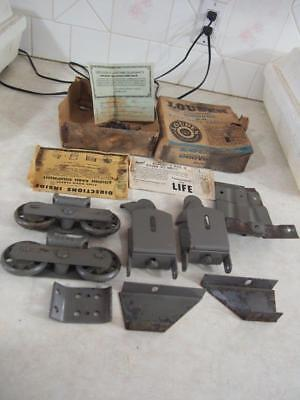 Vtg Antique NOS Louden Barn Door Track Trolley Rollers with Box Hardware