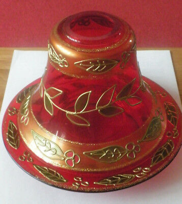 Yankee Candle large Shade and Tray in Red with green and gold leaves