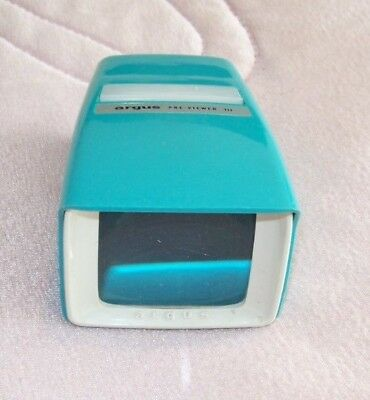 35 MM SLIDE VIEWER, ARGUS PRE-VIEWER III:  BATTERY POWERED Turquoise
