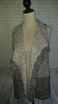 NWT Chico's Textured Rae Vest Sweater Size 2 Black and Antique White Pattern $99