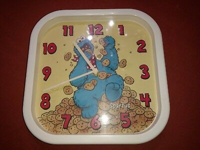 Vintage Spartus Sesame Street Cookie Monster Clock Battery Operated