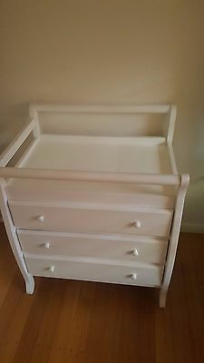 Clean White Change Table w 3 Drawers