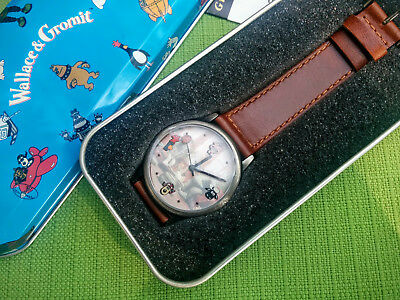 wallace and gromit watch in tin mint condition