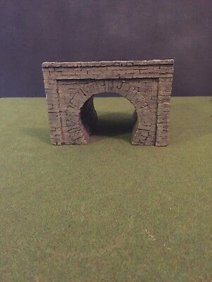 Model Train tunnel and opening- Warhammer 40K sewer and tunnel