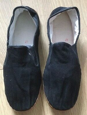 Kung Fu Martial Arts Tai Chi Plastic Sole Shoes Slippers Adults - Used 40