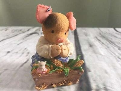 Enesco This Little Piggy Praying With Box
