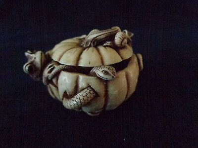 Adam Binder PUMPKIN PIE netsuke