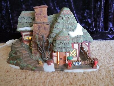 Dept 56 Dickens Village series 1997 Lighted Xmas CROOKED FENCE COTTAGE 58304 cat